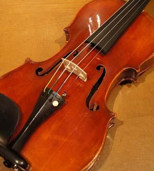 オールドヴァイオリン(フランス) Nicolas Vuillaume(3/4)ca 1880入荷!