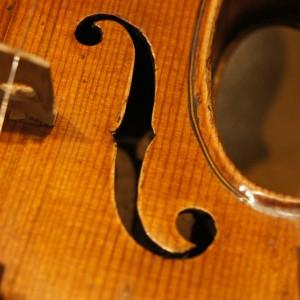 オールドヴァイオリン(分数1/2) 上手な子が使用していた極上品 入荷!