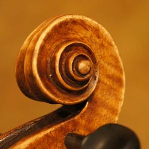 オールドヴァイオリン(ドイツ)ca1920  木目が素敵なMaggini マッジーニモデル